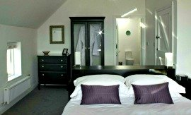 Master bedroom, Cottage Ring of Kerry
